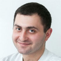 Ахинян Эдуард Каренович